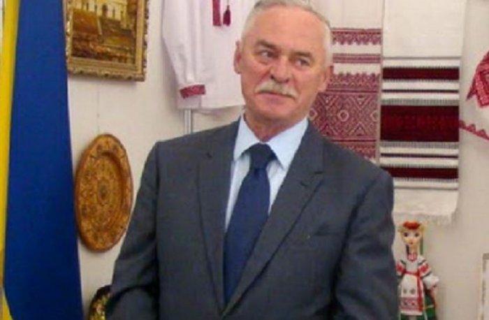 Зеленский сократил 11 украинских послов